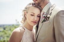 pastel cactus shoot bruidskapsel en bruidsmake-up e-linehairfashion 3