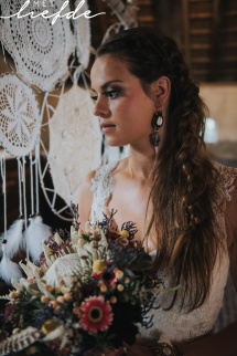bruidskapsel en bruids make-up magazine met liefde 4