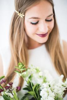bruidskapsel en bruids make-up fotografie: Nienke van Denderen -6